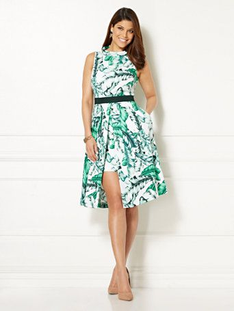 Shop Eva Mendes Collection - Freya Dress - Palm Print. Find your perfect size online at the best price at New York & Company.