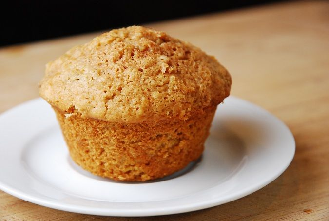 Checkout this low calorie Applesauce Oatmeal Muffins Recipe at LaaLoosh.com! Tasty, moist and absolutely perfect, each healthy muffin is just 3 Points  .