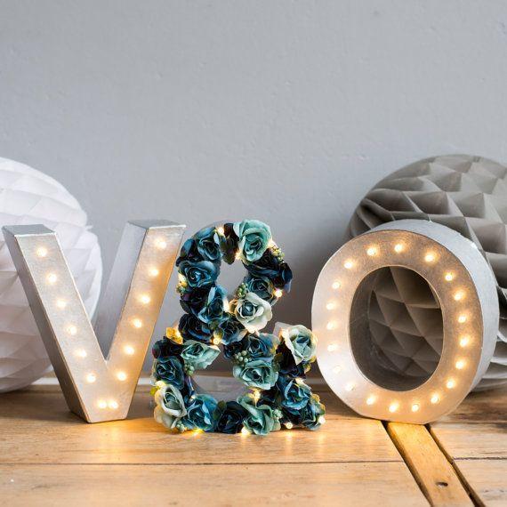 Iniciales y ampersand flor luz letra luces luces por TheWhiteBulb