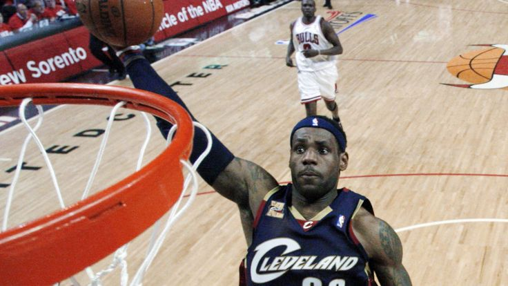 LeBron James only takes 2-year contract with Cavaliers