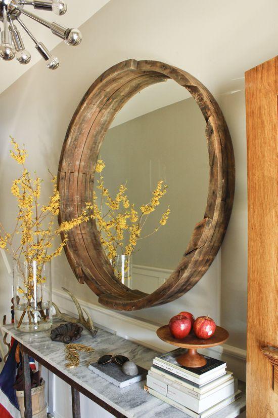 barrel mirror: Ideas, Mirror Mirror, Round Mirror, Wine Barrels, Rustic Mirror, Diy, Barrel Mirror, Winebarrel