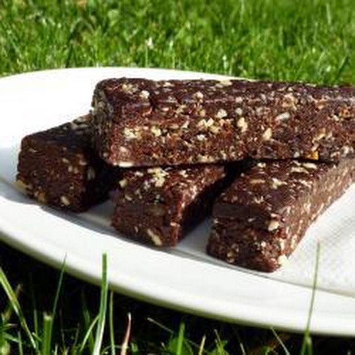 Healthy Energy Chocolate Bar Recipe Desserts with medjool date, cashew nuts, sultana, cocoa powder, vanilla, water - Similar to Nak'd Bars