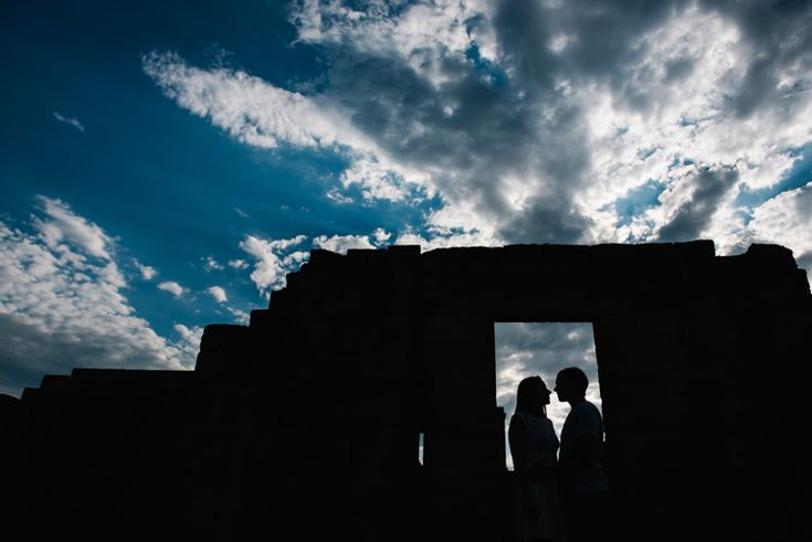 Engagement photography by Skipping Stone Photography