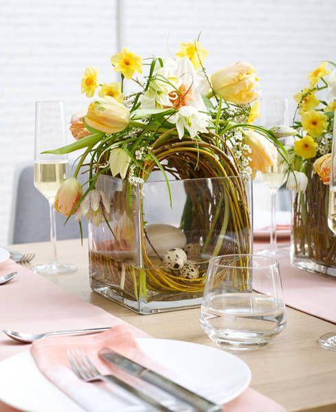 Warenpräsentationsidee für Floristen: Osterfrühstück für die Familie