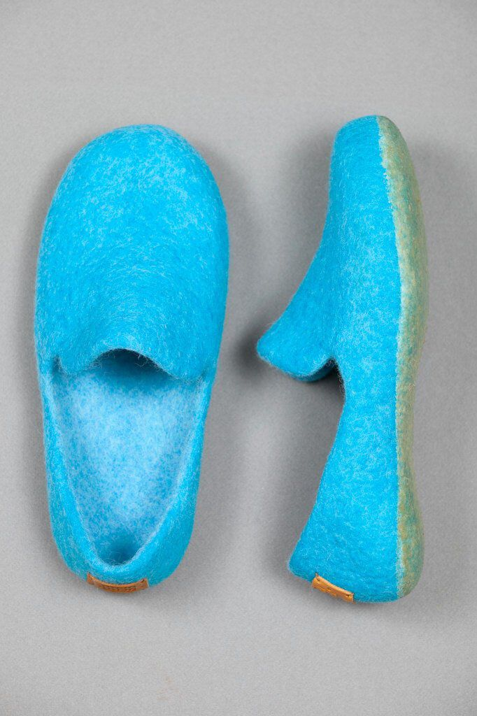 Minimalist Style Boiled Wool Slippers Blue Felted Clogs Turquoise