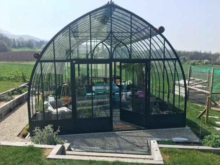 25 best ideas about serre de jardin on pinterest serre. Black Bedroom Furniture Sets. Home Design Ideas