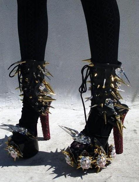 cruel shoes: Killers Shoes, Cruel Shoes, Crazy Shoes, The Faces, Downloads Shoes, Fashion Accessories, Bizzzzzzar Shoes, Fashion Stuff, Killers Sandals
