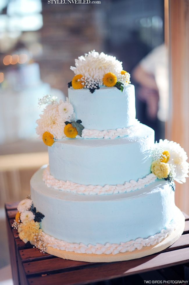 blue and yellow wedding cake ideas 17 best images about light blue yellow wedding ideas 11969