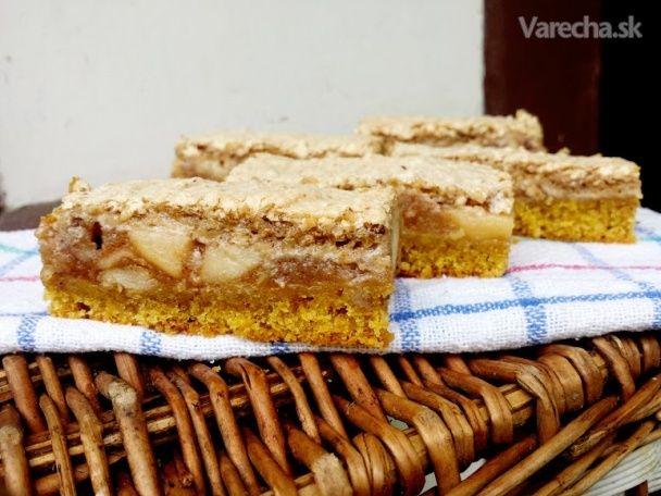 Jablkový koláč s orechovým snehom (fotorecept)