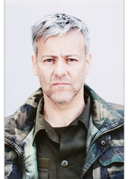 21 Stupidly Hot Silver Foxes That'll Make You Fall In Love With Grey Hair ~~ I love gray hair but I'm pinning this because they used my favorite picture of Rupert Graves