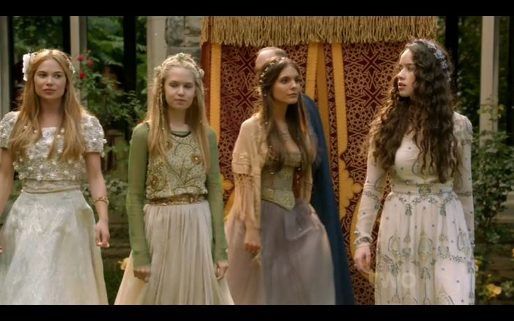 Ladies-in-waiting at a garden party (from L-R): Greer, Aylee, Kenna, and Lola (from CW's Reign)