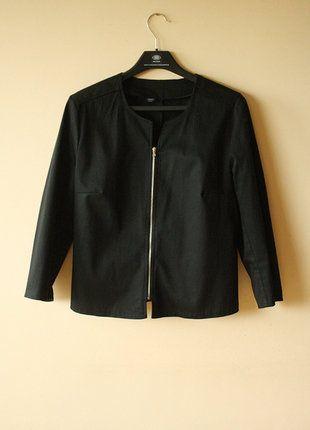 Kup mój przedmiot na #vintedpl http://www.vinted.pl/damska-odziez/marynarki-zakiety-blezery/18182385-czarna-narzutka-bolerko-zakiet-marynarka-ramoneska-z-zipem-elegancka-casual-minimal-na-sukienke