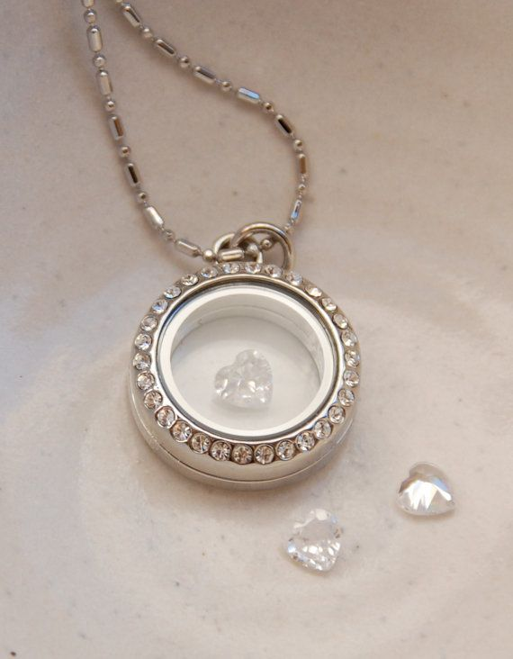 Locket necklace with clear white heart by PearBlossomStudios, $20.00