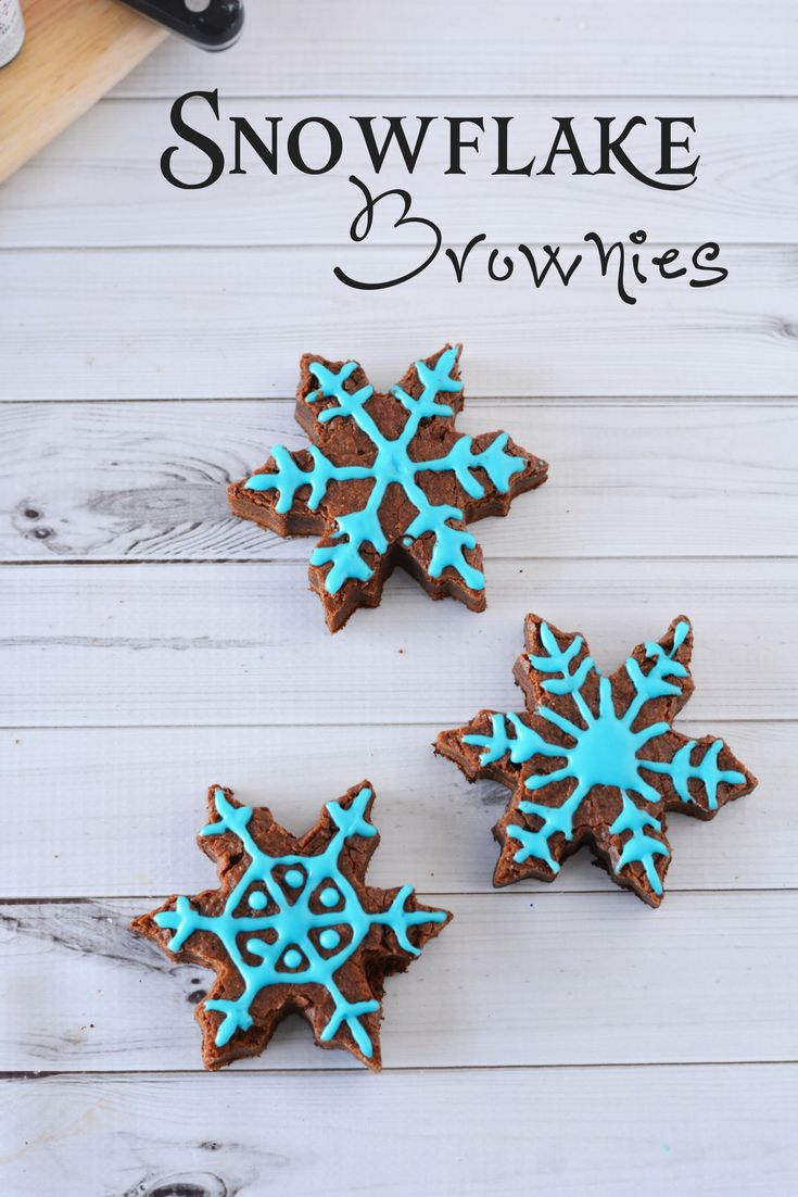 Snowflake Brownies for the Holidays | Celeb Baby Laundry