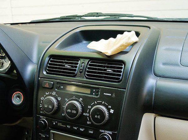Peut-on utiliser un filtre à café pour nettoyer la voiture ?