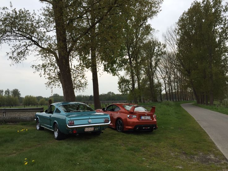 Toyota GT86 Meets Ford Mustang