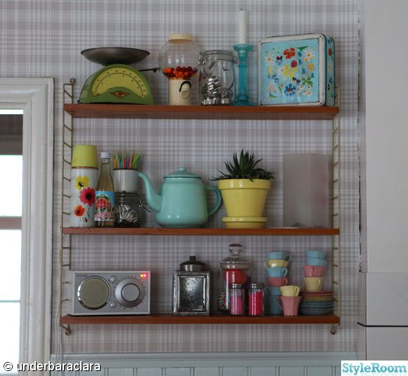 Collect and display. #retro, #vintage, #interiors