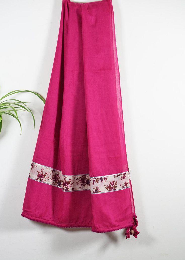 Vaidehi Dupatta | Mulmul Rani handmade dupatta gotta detailing #handmadedupatta #mulmuldupatta #gottadetails #scarves #drapes #handcraftedonline #womenfashion #onlineshopping #Vaidehidupatta