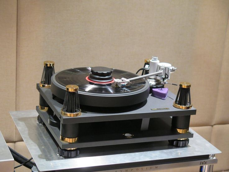 Awesome SME 30 Turntable Equipped with an Axiom Tonearm