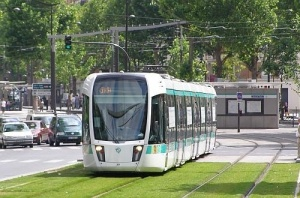 Formula 1 technology offers light rail energy savings | International Railway Journal #railway #rollingstock #tram
