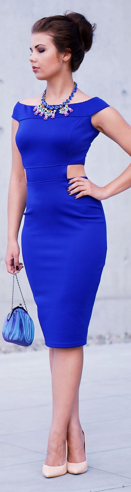 Stunning Blue Midi Dress with perfect choice of accessories