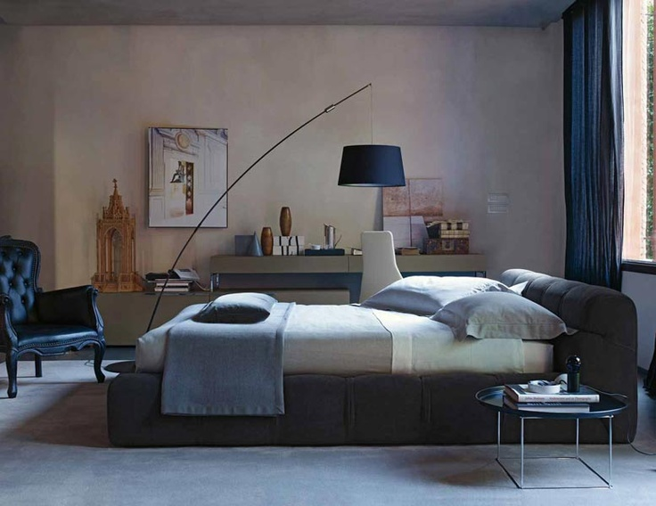 B Italia Tufty Bed   by :patricia urquiola