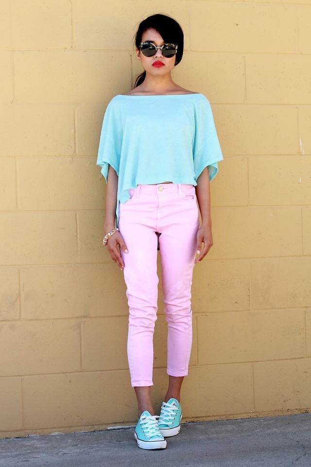 Shop this look on Kaleidoscope (shirt, jeans, shoes, sunglasses)  http://kalei.do/VuviZQjoeKNl5D4c: Chuck Taylors, Cotton Candy, Pastel Cerveza Tennis, Color Combos, Pastel Colour, Pastel Pink, Pastel Fashion, Pink Jeans, Pastel Color