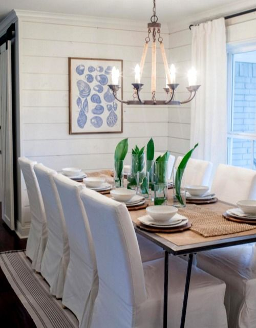 Beachy Dining Room With A Great Table Center Piece