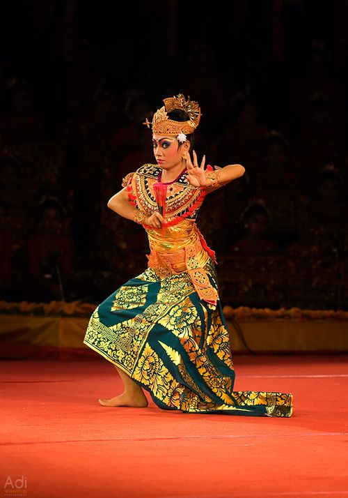 "adientwicklungphotography: ""Sledet Pong of Panji Semirang Dancer"""