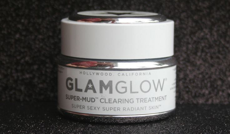 Reader Review: I tried Glamglow my friend and baseball wife reviews this amazing mask I now need to buy since I keep seeing it!