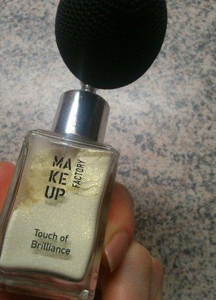 Kupuj mé předměty na #vinted http://www.vinted.cz/kosmetika-a-prislusenstvi/dekorativni-kosmetika-kosmetika/11350852-make-up-factory-touch-of-brilliance-rozjasnovac