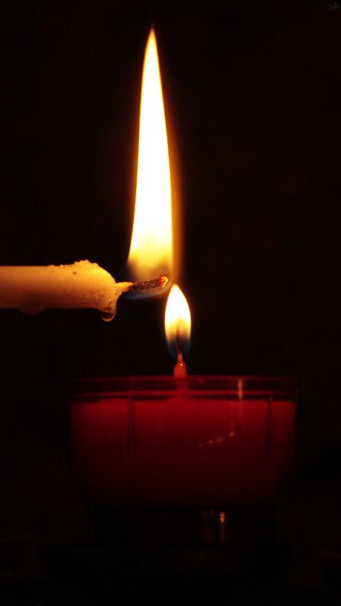 Pin By Isimsiz On Mumlu Isikli Candles Wallpaper Candles Wallpaper Wallpaper candle close up flame dark