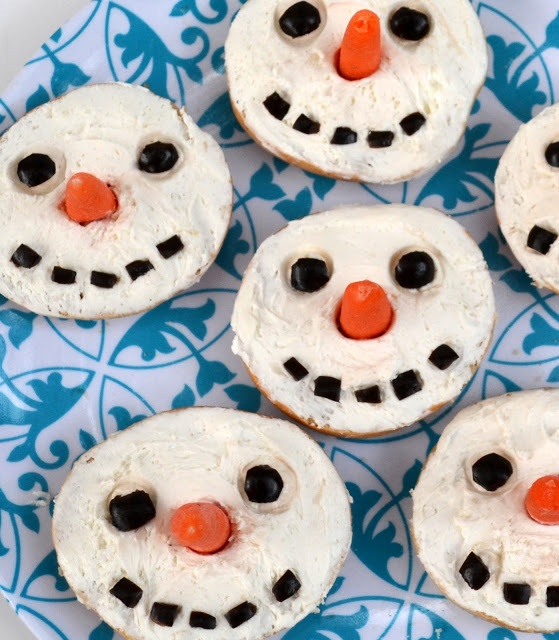 *Rook No. 17: recipes, crafts & whimsies for spreading joy*: Snowman Bagels ~ An Adorable & Easy Holiday Party Food for Kids