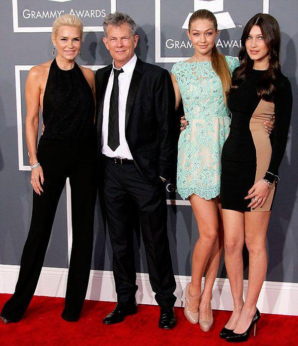 Yolanda Hadid e família no Grammy, com Gigi e Bella