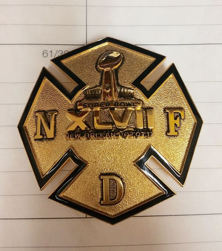 2013 New Orleans fire department rank badge