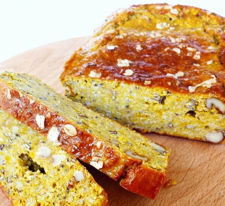 Pompoen eiwit brood: super goede gezonde snack voor tussendoor! Rijk aan vitamine's (voornamelijk A en C) en mineralen. Makkelijk te bereiden.