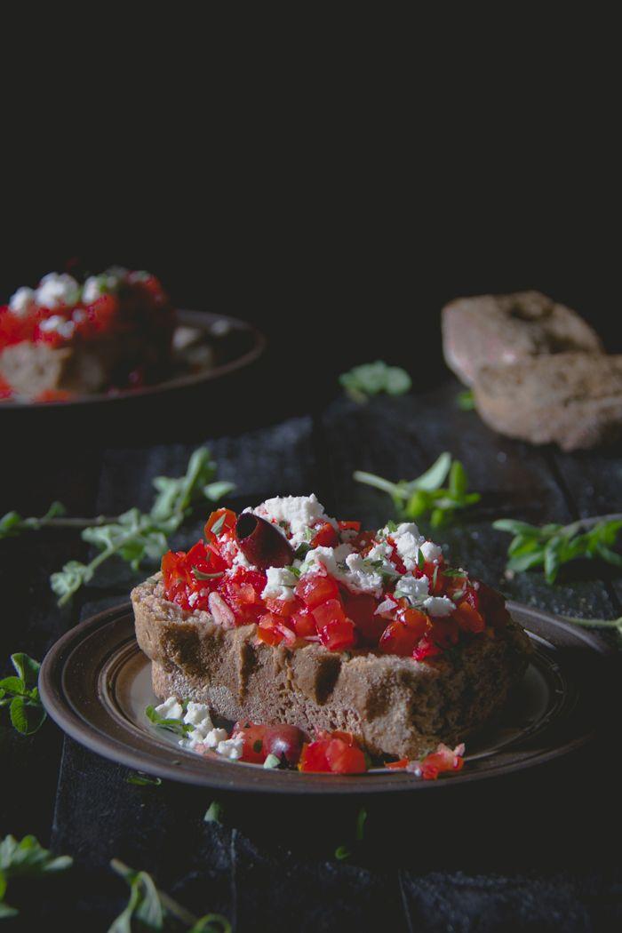 Dakos (ντάκος) - Cretan-Style Bruschetta