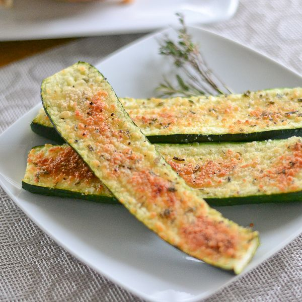 This parmesan zucchini bites recipe is a healthy one. It is crunchy, earthy and refreshing. This dish is ideal as an appetizer or a side dish to a meal.
