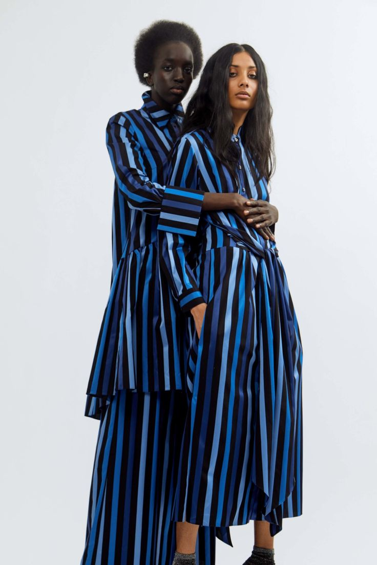 The complete Osman Pre-Fall 2018 fashion show now on Vogue Runway.