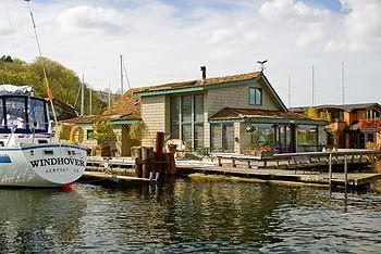 House boat!Seattle Houseboats