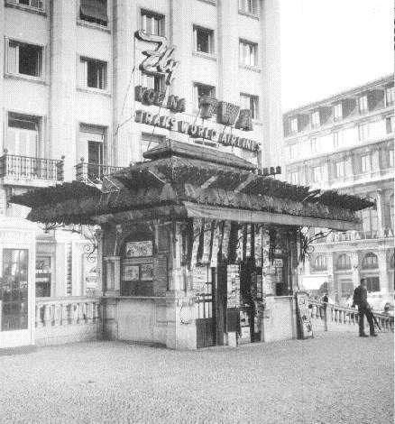 Quiosques antigos de Lisboa - SkyscraperCity Quiosque nos Restauradores, ainda nao recuperado