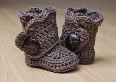 crochet booties.. So Cute!
