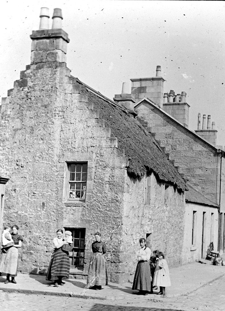 Kittle Corner in Govan, 1890s. Kittle Corner was a little square at the corner of Shaw Street and Govan Road. It was popular with local people as a place to meet friends and exchange gossip. Kittle is a Scots word meaning awkward, dangerous or ticklish and could refer to the feelings of passers-by who had to run the gauntlet of sharp-tongued comment from the locals.