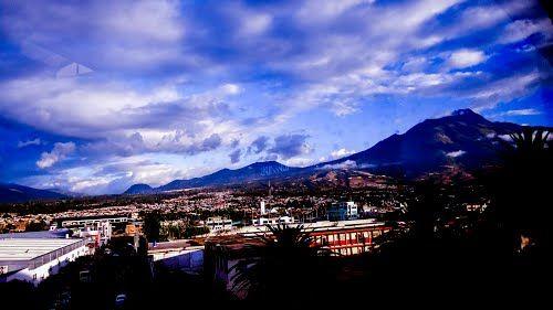 Vista Volcan Imbabura desde C.C Laguna Mall - Ibarra Ecuador