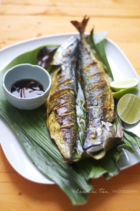 Grilled fish in banana leaf