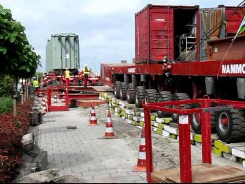 Tennet transformatoren transport door Mammoet in Het Westland