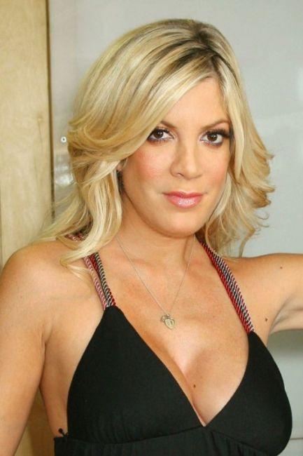 28 Things You Don't Know About Tori Spelling http://zntent.com/28-things-you-dont-know-about-tori-spelling/