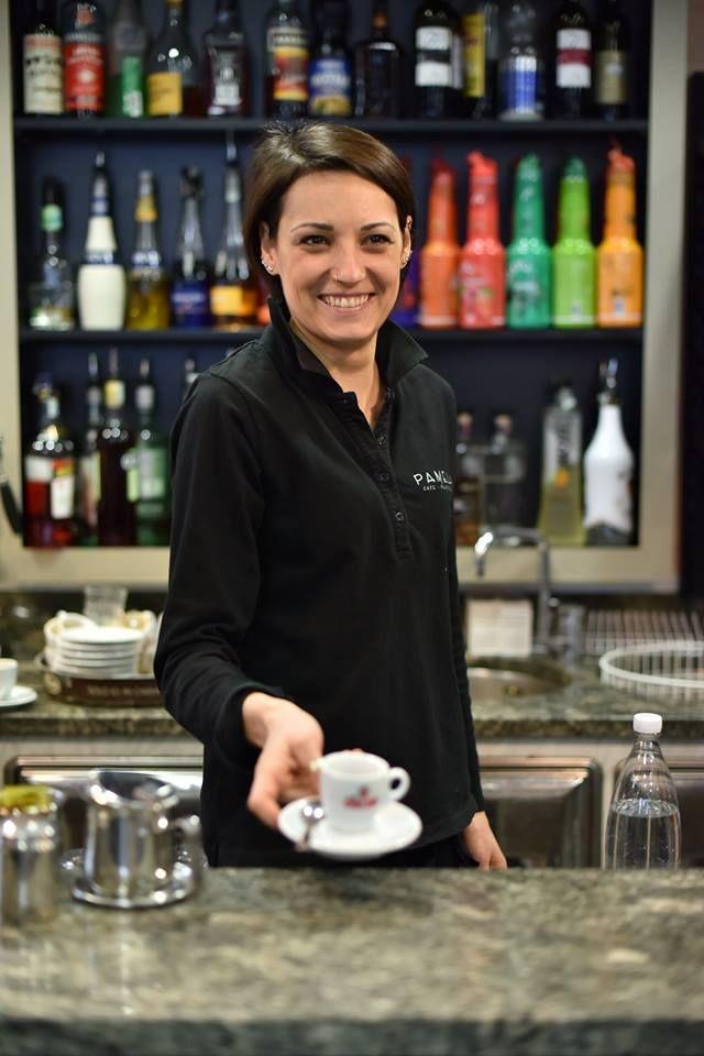 Chi vuole un caffè dalla nostra Francesca? #pasticceriapamela #modena