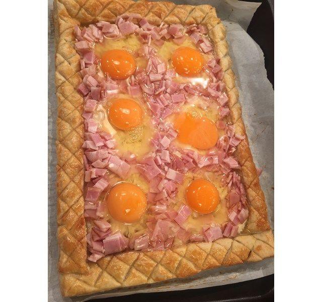 Αβγά με μπέικον και κασέρι σε τραγανή σφολιάτα - Συνταγές για Το Πρωινό ant1