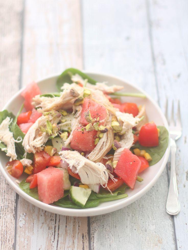Kyllingsalat med vannmelon og pistasjnøtter